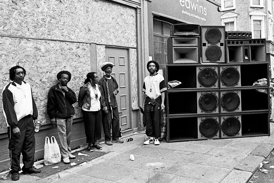 Notting-Hill-Carnival-sound-systems