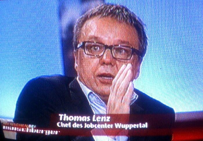 Thomas Lenz, Chef des Wuppertaler Jobcenters im Fernsehen.